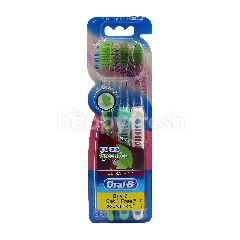 Oral-B Ultra Thin Gum Care Green Tea Extra Soft Toothbrush (Buy 2 Free 1)
