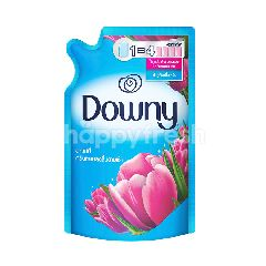 Downy Sunrise Fresh Fabric Softener 590 ml