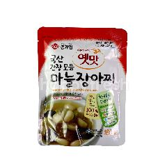 Daesang Assorted Garlic Pickle With Soy Sauce