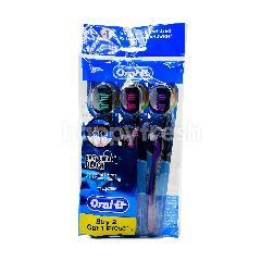 Oral-B Easy Clean Black Toothbrush (3 Pieces)